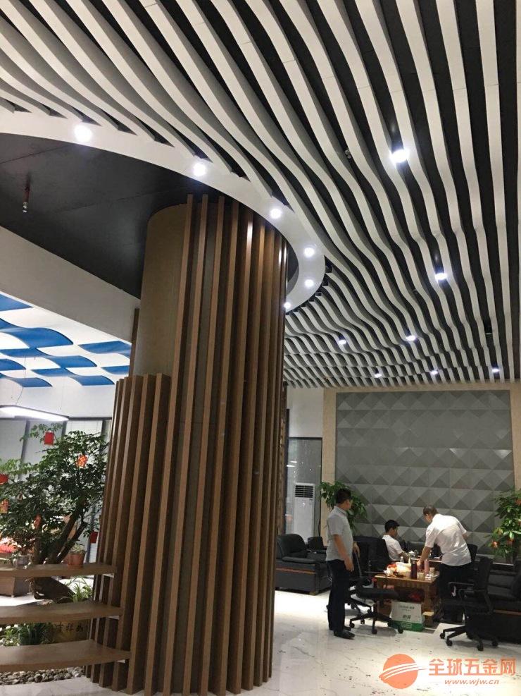 如何才能选到高品质的铝方通 广州富腾铝方通生产厂家为