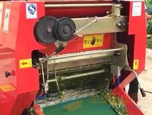 林工机械厂德州秸秆打捆机厂 麦草打捆机 小麦秸秆自动捡拾打捆机