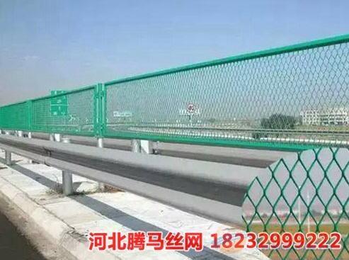 普洱高速公路护栏网多少钱一平