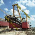 天津12寸绞吸式挖泥船湖泊和河道挖泥有什么区别