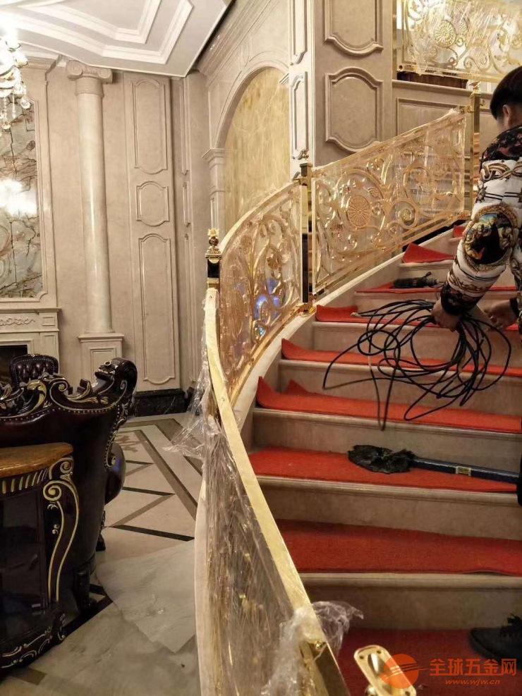 楼梯扶手铝方管 穿孔铝单板 造型铝方管