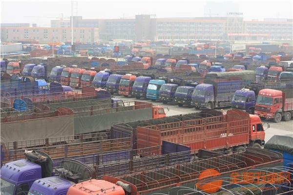 深圳市龙岗区到贵港市覃塘区有4米2高栏车出租