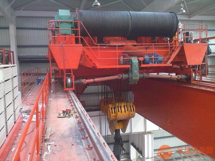 二手74噸天吊什么價格√74噸鋼筋棚起重機多少錢