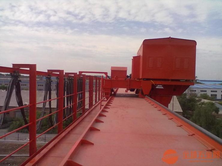 新聞:起重機用橡套電纜線二手30噸桁車桁吊哪有回收