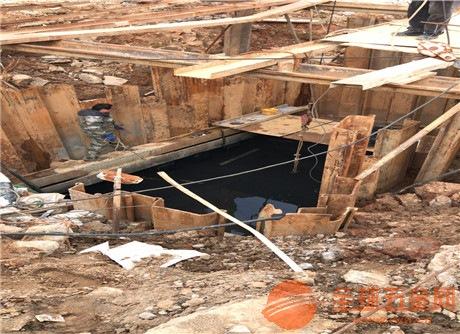 新闻:水下补洞―(输煤廊道堵漏)