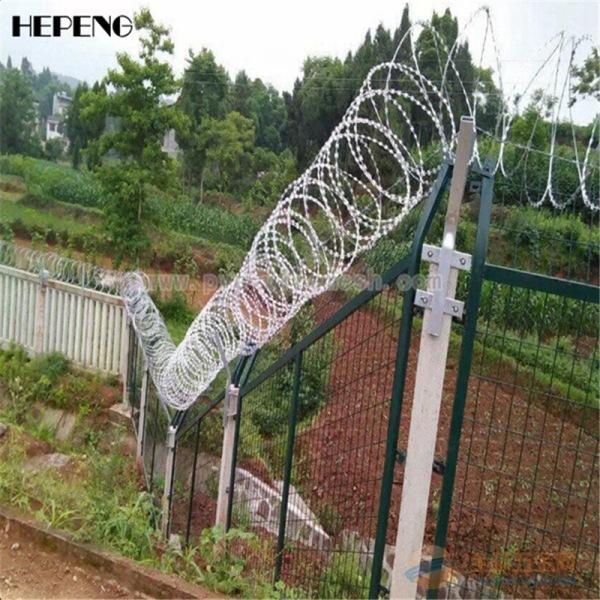 监狱防护栏有效防止人为的破坏性拆卸,具有美观实用