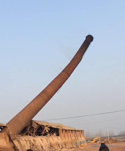 绥化市专业砖瓦厂烟囱整体放倒单位